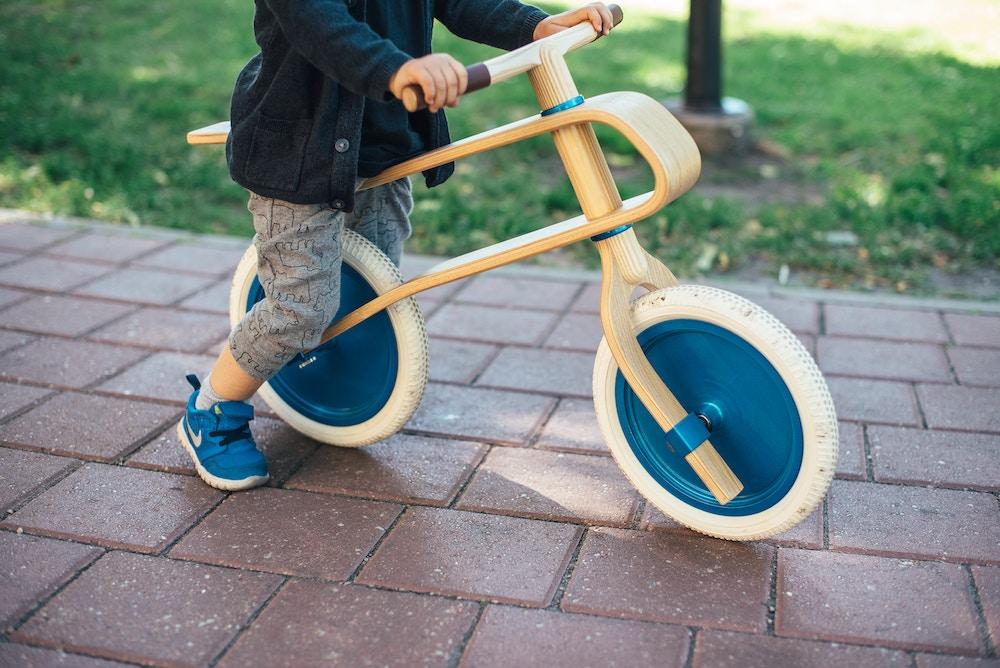 Bevæger dit barn sig for lidt? Prøv disse 3 aktiviteter